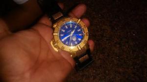 Invicta lindo fundo azul pulseira borracha   Posot Class 3d48fd86d8