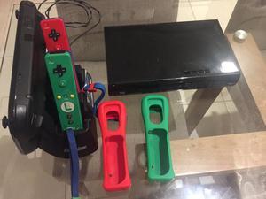 Combo Nintendo Wii U + 4 controles + 7 jogos