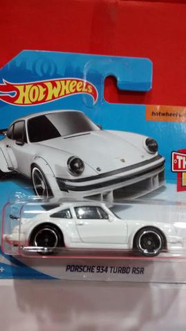 Hot Wheels porche 934 turbo rsr