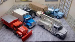 Lote com 6 Caminhões Escala 1/43