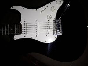Guitarra troco por jogos de ps4