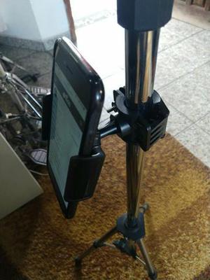 Suporte P/ prender Celular em Pedestal