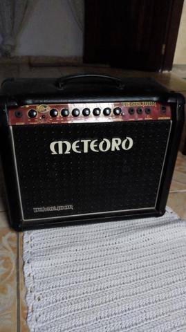 Cubo meteoro demolidor guitarra