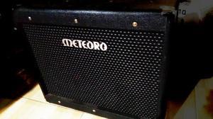 Amp Meteoro MGV 30 valvulado