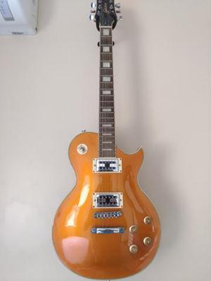 Guitarra, case e caixa de som