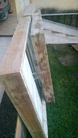 3 janelas de madeira com vidros em anjelim perfeitas