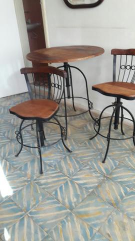 Mesa 4 cadeiras - conjunto