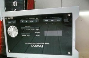 Modulo de piano e gravador de estudio, tem sons otimos.