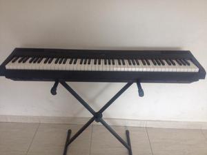 Piano digital Yamaha p meses de uso