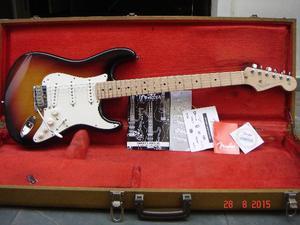 Guitarra Fender Strato Vg Roland Made In Usa Ano  Em Ash
