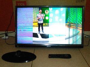 TV semp 32 polegadas com listras na tela
