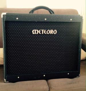 Amplificador 100% valvulado para guitarra