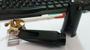 Boquilha sax alto - claude lakey 7*3 - cópia usada