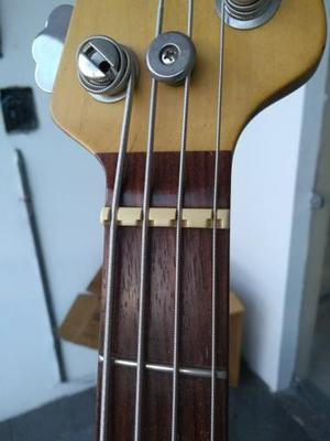 Baixo Music Man Sting Ray - Piezo Bridge $