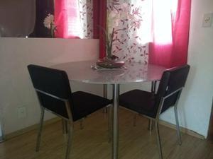 Mesa de vidro e 2 cadeiras tok e stok