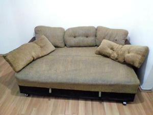 Sofá cama de 3 lugares usado