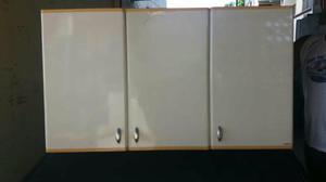 Vendo armário de cozinha 3 portas