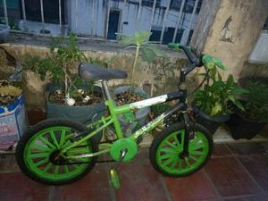 Biscicleta infantil aro 12 - Ben 10