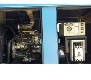 Gerador de Energia a Diesel 80 KVA usado com carretinha