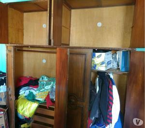 Vendo guarda roupas de madeira