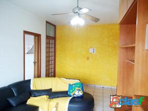 Apartamento com 2 dormitórios mobiliado