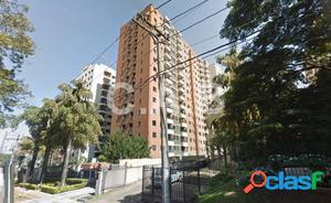 Apartamento no edificio Gran Floridian Alphaville