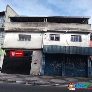 Casa 2 dormitórios localizada no Inamar