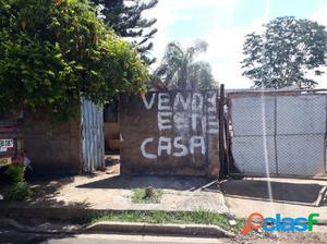 Casa a Venda no bairro Jardim do Trevo - Araçatuba, SP -