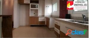 Casa com 3 dormitórios, 2 suítes, 2 vagas