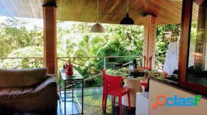 Casa em Condomínio a Venda no bairro Jardim Petropolis -