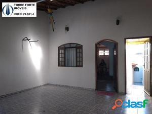 Linda casa com 3 dormitórios no Jardim Santo Antônio