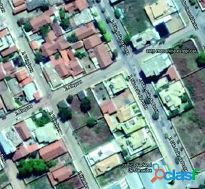 Oportunidade Lote 366 m2 na Rua Governador Valadares - Lote