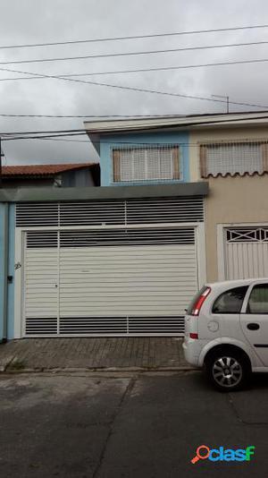 Sobrado com 3 dorms em São Paulo - Vila Marari por 2.2 mil