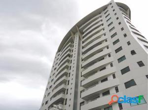 Apartamento com 3 dorms em Manaus - Adrianópolis por 652.3
