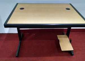 Mesa escritório suporte CPU e cadeira Diretor giratória
