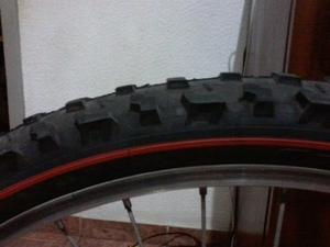 Par de pneus aro 26