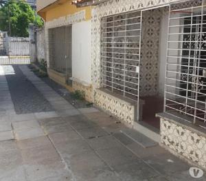 Alugo ótima casa 2 quartos em Rio Doce perto da praia