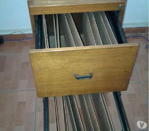 Porta arqivo de madeira com rodas 02 gavetas usados