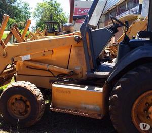 Retroescavadeira 580 L, 2001, Turbo, 4x4, Trabalhando!