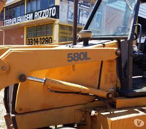 Retroescavadeira 580 L, 2004, 4x2, Trabalhando!