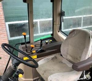Trator John Deere 6010 SE 2WD