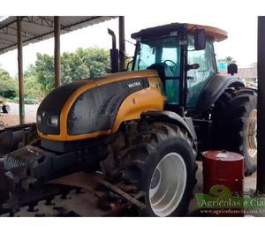 Trator Valtra BT 210 4x4 (Único Dono - 4 Pneus Novos!)