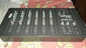 Vendo mesa de som wattsom por 200 reais