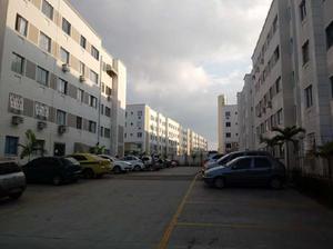 Apartamento com 2 Quartos para Alugar, 49 m² por R$