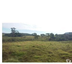 Fazenda para pecuária - em Santa Cruz de Goiás GO.