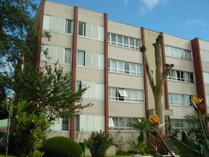 Apartamento com 3 Quartos à Venda, 104 m² por R$ 440.000