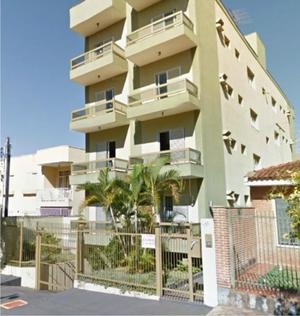 Apartamento com 3 Quartos à Venda, 92 m² por R$ 260.000