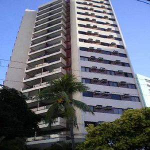 Apartamento com 3 Quartos para Alugar, 127 m² por R$