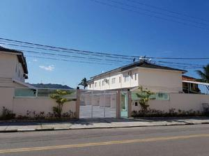 Casa de Condomínio com 2 Quartos à Venda, 80 m² por R$