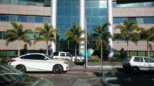 Sala Comercial com 2 Quartos para Alugar, 60 m² por R$